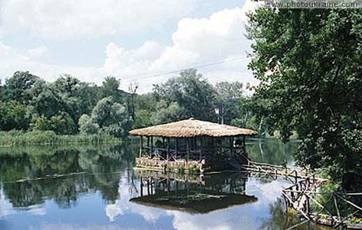 Село Коробовы Хутора. Бунгало на реке Северский Донец ...: http://www.photoukraine.com/russian/photos/region/22/545