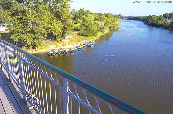 Вид на реку самару с пешеходного моста