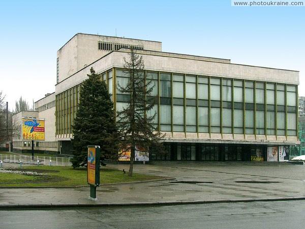 театр оперы и балета фото челябинск